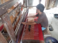 Cotton sari weavers in Tangail